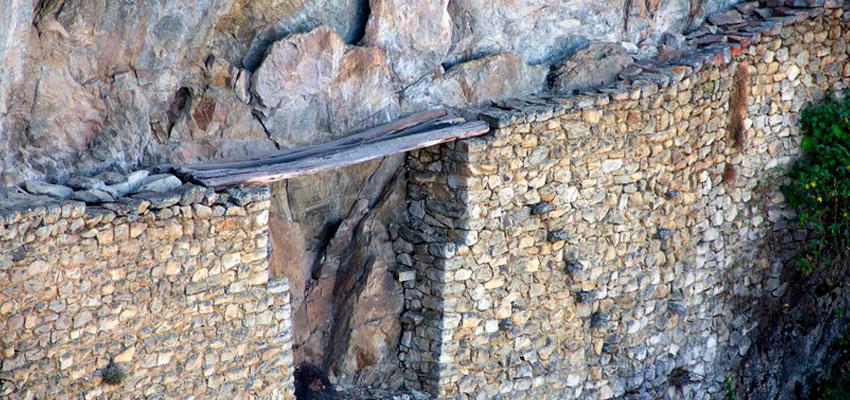 puente de troncos inca