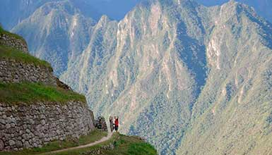 Inca Trail Machu Picchu + Cusco + Sacred Valley 9 Days